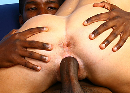 Tabitha at Blacks on Cougars on blacks on cougars blog